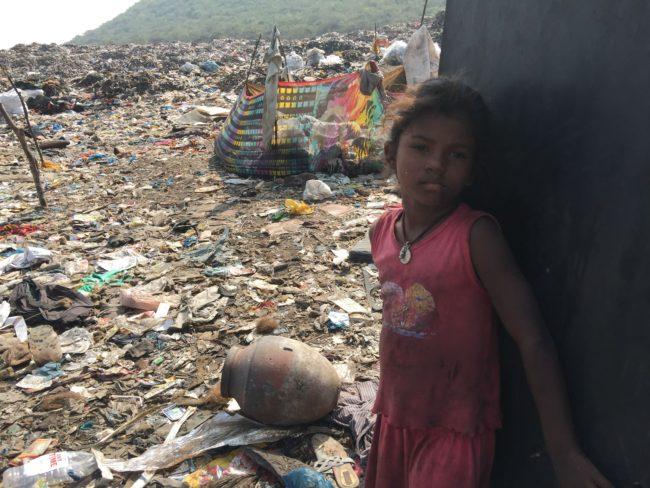 dump, kises, india, education, children, child labour,